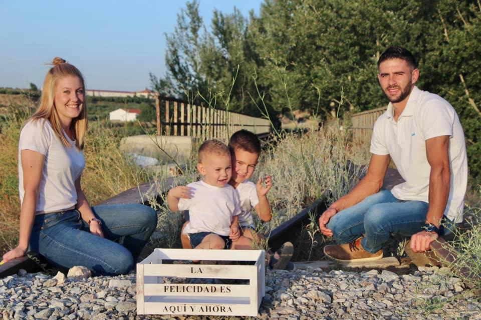 https://www.libreriapapeleriacaniles.com/wp-content/uploads/2020/07/fotografia-familia.jpg